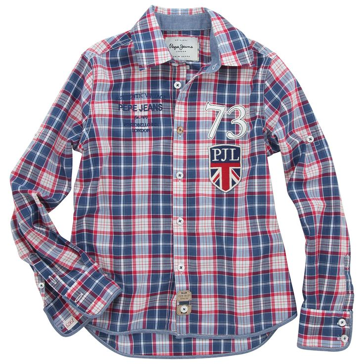 Blue and red checked shirt made of cotton percale. Roll-up long sleeves with buttoned straps. Embroidered badge and appliqué number 73 on the chest. - 70,00 €