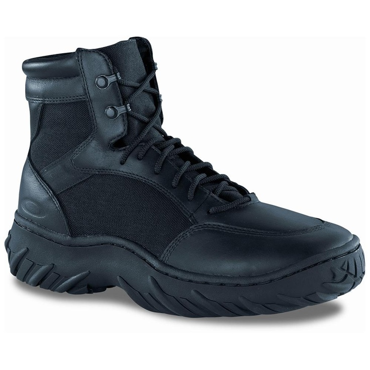 "Oakley Men`s SI 6"" Assault Boot Gotta have a black pair too."