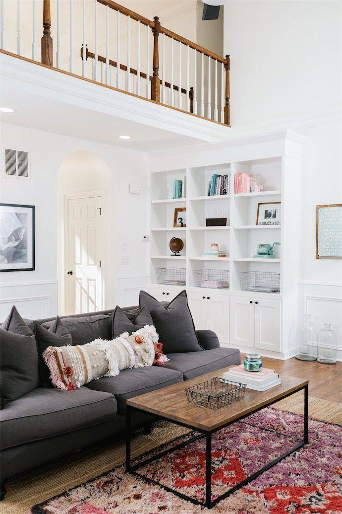 A Look Inside This Vintage Filled Atlanta Home Vintage Living Room Minimalist Living Room Retro Living Rooms