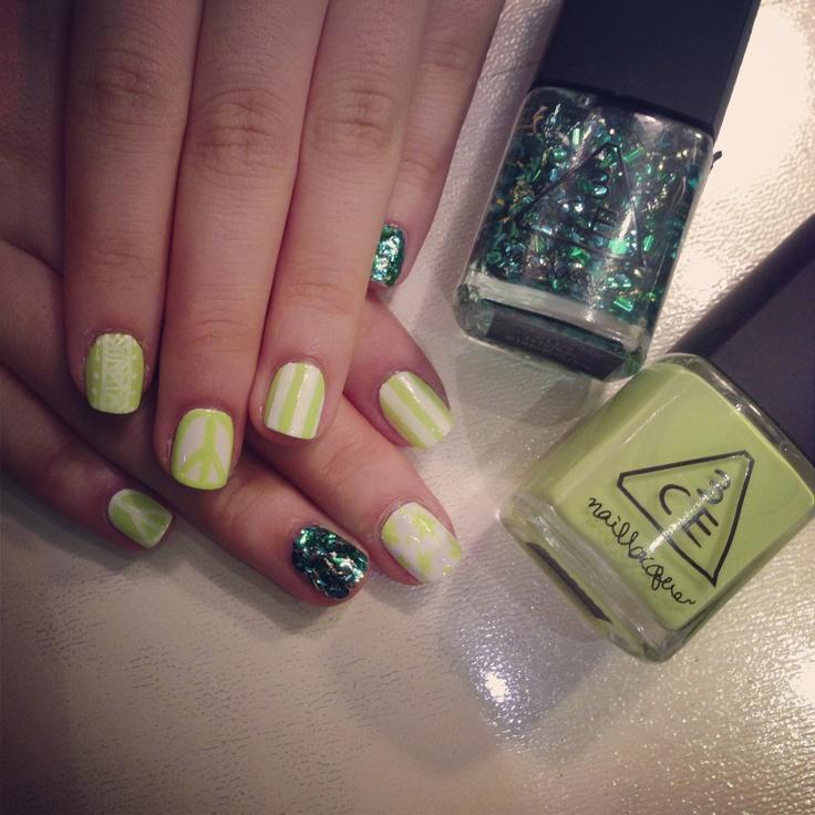 3CE neon green