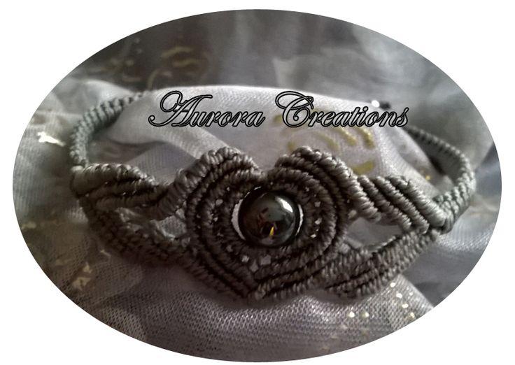 bracciale tecnica micro macramè con perla antracite