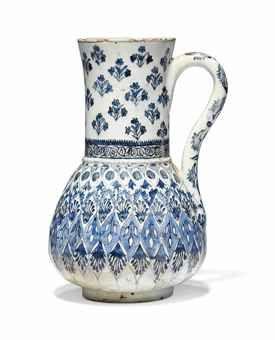 A BLUE AND WHITE KUTAHYA POTTERY JUG OTTOMAN TURKEY, 18TH CENTURY