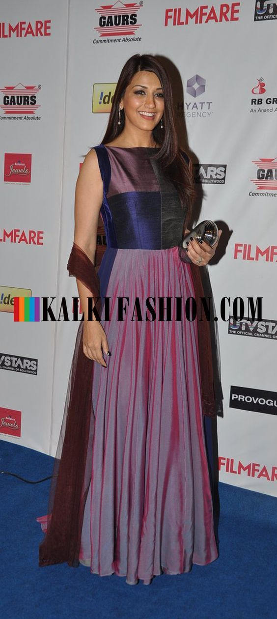 http://www.kalkifashion.com/ Sonali Bendre picks a burgundy anarkali suit to attend the  Filmfare Awards Nomination Party 2014: