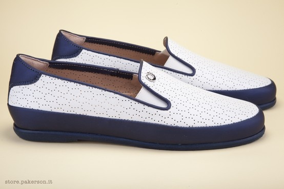 Hand Made in Italy luxury shoes for women. - Scarpe di lusso Hand Made in Italy. http://store.pakerson.it/woman-moccasins-22289-bianco.html