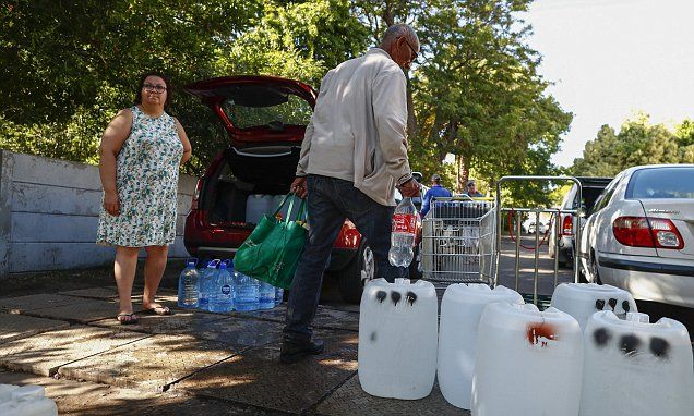 Cape Town prepares to turn off water supplies as long drought deepens