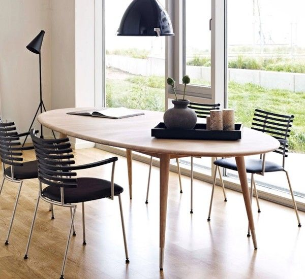 Point is a table designed by Nissen & Gehl for Naver Collection, with top and legs in solid wood.  The Point series is a collection of tables with organic and soft shapes.