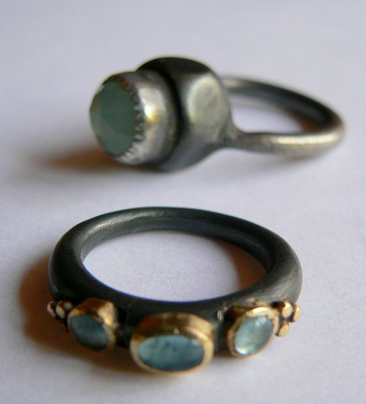 andrea munoz rings: rough and bulky