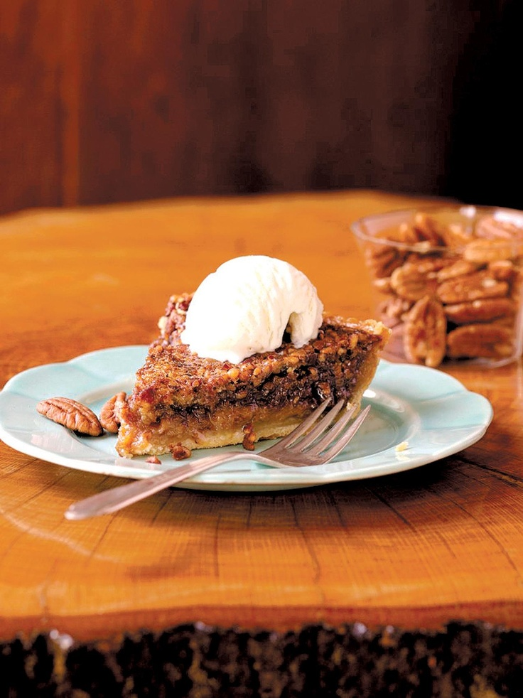 Chocolate-Pecan-Bourbon Pie | For my Sweet Tooth | Pinterest
