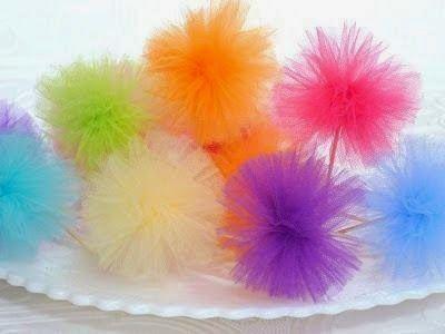 Passo a passo de pompons de tule para decorações - Dicas pra Mamãe