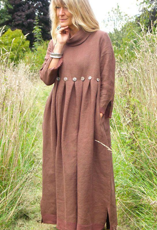 Зима Кнопка платье коричневого / золотой белья.