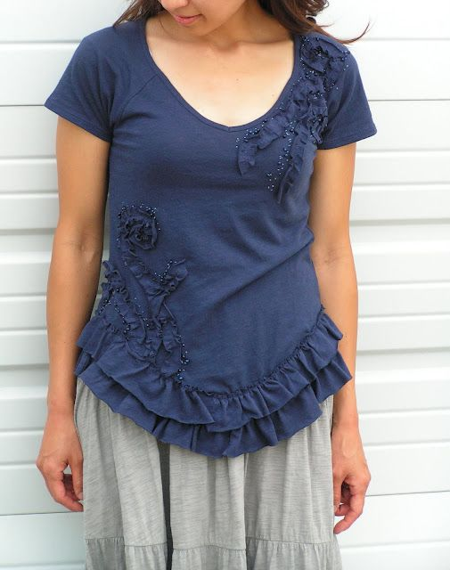 t-shirt redesignTees Shirts, Crafts Ideas, Sewing Projects, Sewing Pattern, T Shirts Redo, T Shirts Refashion, Ruffles Shirts, Teas Rose, Sewing Tutorials