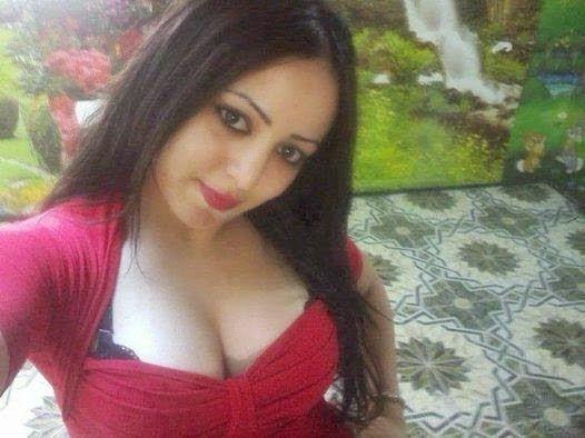 Desi Beautiful Hot 18 Girls Cleavage Sexy Photos | desi girls