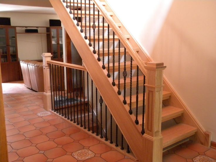 Best How To Install Hardwood Floors On Stairs Step By Step 400 x 300