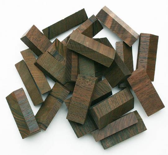 カリマンタン黒檀の留切り木片 - 木材・木工素材の通信販売 / DIY銘木ショップ