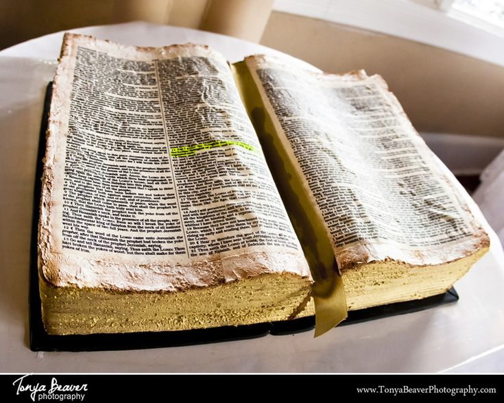 bible wedding cakes pictures groom s cake was the bible highlighted was the verse 11734