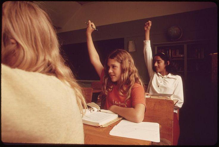 File:STUDENTS IN A CLASSROOM AT LEAKEY, TEXAS, NEAR SAN ANTONIO - NARA - 554838.jpg