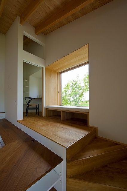ソファーの窓辺(窓辺の家 -window scape-)- その他事例 SUVACO(スバコ)