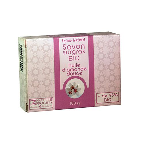 Sapun gras Bio cu ulei de migdale dulci http://www.vreau-bio.ro/sapunuri-solide/95-sapun-gras-bio-cu-ulei-de-migdale-dulci.html