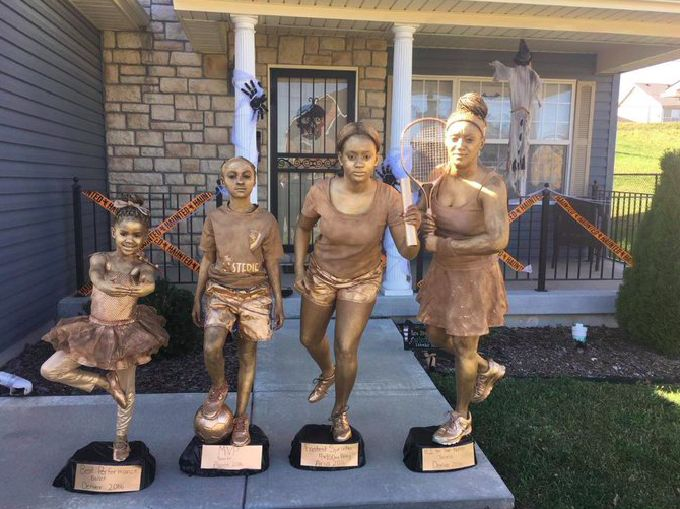"""We Can All Stop Trying Because This Family Just Won Halloween 2016"""