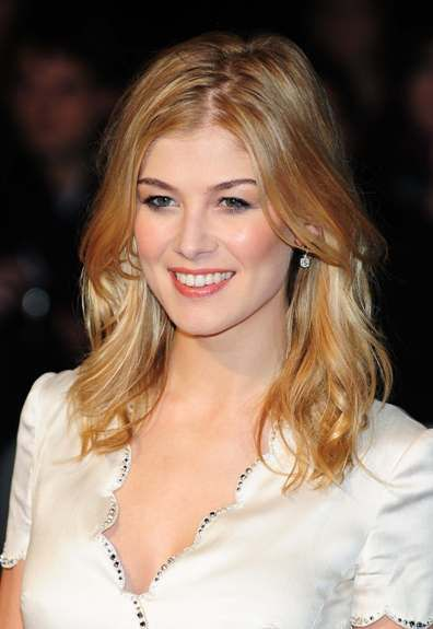 rosamund pike a bond girl as   Miranda Frost in Die Another Day
