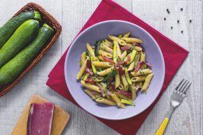 Ricetta Trofie con crema di zucchine e pancetta - Le Ricette di GialloZafferano.it