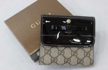 Gucci Wallet with Bowknot detail 203558 Date Red $79