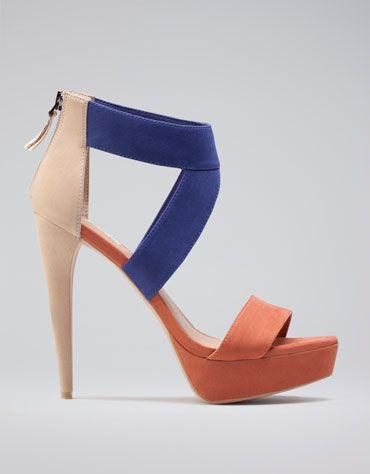 bershka: Colorblock Bershka, Colors Sandals, Awesome Shoes, Shoes Zapatos, Colors Girls, Colorblock Heels, Fancy Footwear, Auburn Shoes, Colors Blocks Shoes