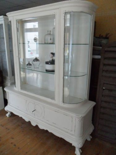 schrank antik chippendale vitrine im shabby look shabby interior pinterest. Black Bedroom Furniture Sets. Home Design Ideas
