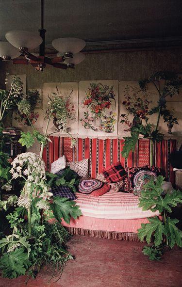 photographer Tim Walker and set designer Andy Hillman for Casa Vogue. via: Textile and Terrain