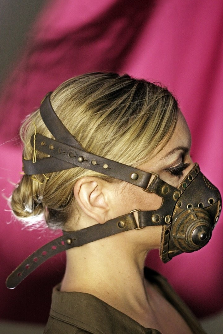 Steampunk Gas Mask Respirator In Black Iron Colors