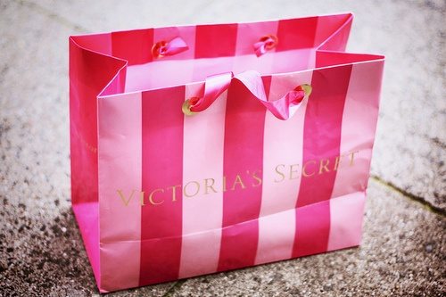 victorias secret: Pink Summer, Victoria Secret Pink, Things Pink, Secret Giftcard, Gifts Cards, Lovin Pink, Victoria Secret Bags, Pink Life, Pink Bags