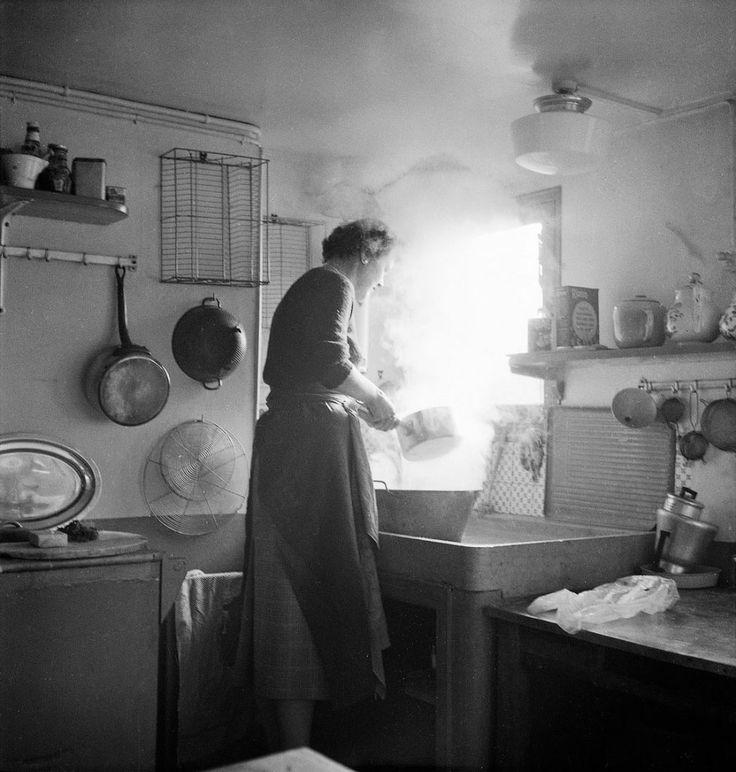 Julia Childs Kitchen: 1000+ Ideas About Julia Child Photo On Pinterest