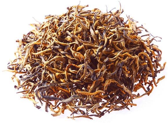 """China Golden Yunnan Special:  Uno dei più diffusi tè neri cinesi proveniente dalla regione meridionale del paese confinante con il Laos ed il Vietnam.  Il Golden Yunnan è caratterizzato da un gusto forte e pieno, un sapore intenso e particolare - leggermente pepato - per la presenza di molti germogli (tips) nella miscela.  L'infuso ha un colore scuro e, complessivamente, questo tè può ben essere definito """"il caffè"""" dei tè neri cinesi.  $29"""