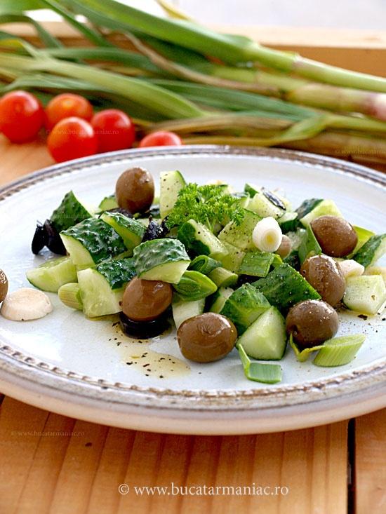 Salata de castraveti cu masline ~ bucatar maniac
