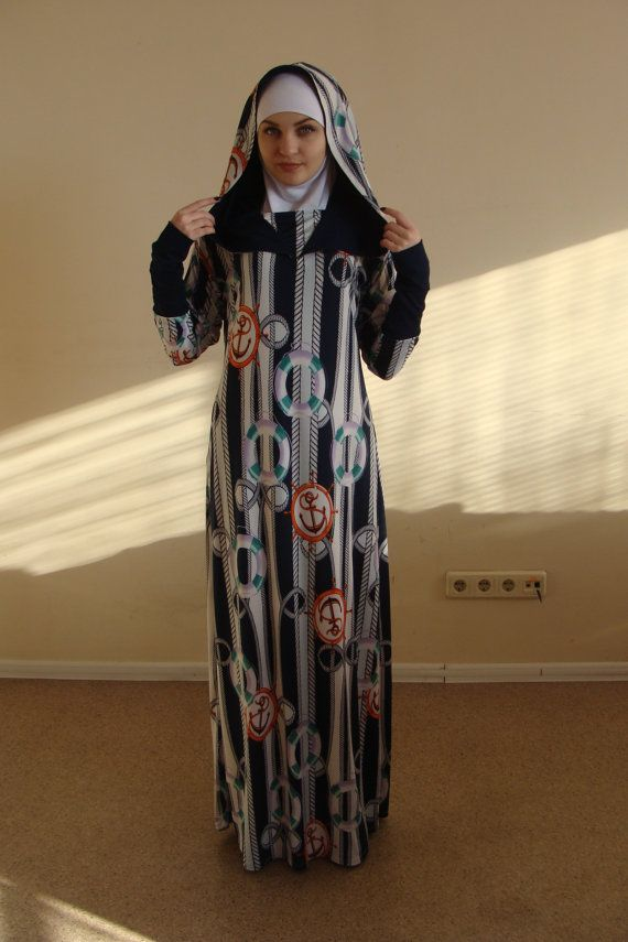 Stylish Maxi dress in dark blue sea pattern jersey. This sporty dress features a double hood, which also looks nice as a collar. Ideal for all seasons, style is spacious and elegant. Classic style for everyday boho chic look. Ideal for Muslim women, it is enough to wear underscarf and your look is ready! We strive to make covered woman stylish, beautiful and elegant. Velvet Vintage Look Can be made in ALL SIZES.  shimmering stretch velvet From S to M sizes. Length 59 inch ( 150 cm) Is you…