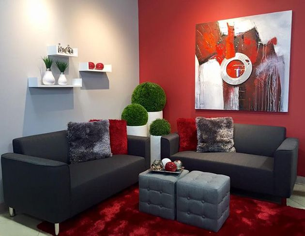 Los 14 Colores Que Mejor Combinan Con El Rojo Mil Ideas De Decoracion Habitacion En Rojo Y Gris Decoracion Con Sofa Rojo Diseno De Sala De Estar