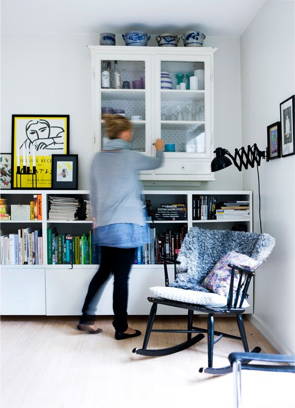 .. good idea for choosing a cabinet & saving wall space
