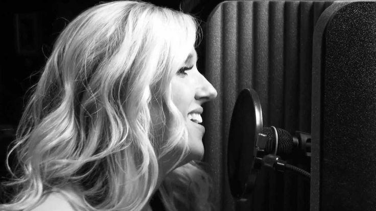 Van Morrison - Crazy Love - Michael Buble Cover (Amanda Wood Acoustic Co...
