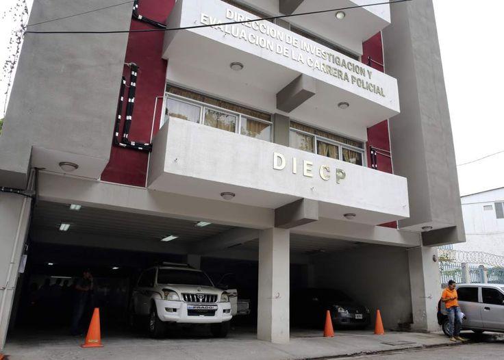 Oficinas de la dirección de investigación y evaluación de la carrera policial DIECP. El Ejecutivo anuncia la desaparición de la Diecp en Honduras. http://www.laprensa.hn/honduras/1054715-410/el-ejecutivo-anuncia-la-desaparici%C3%B3n-de-la-diecp-en-honduras