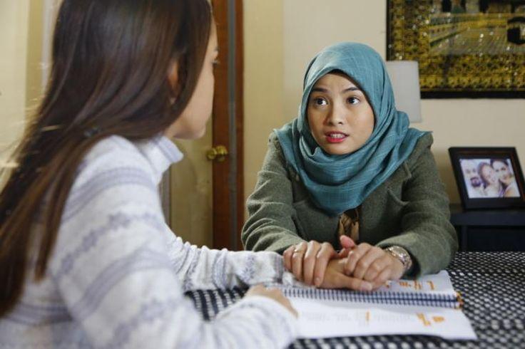 Dialogue between Hanum and Sarah. Seems so serious. Penasaran? nonton filmnya!:) #BTDLA