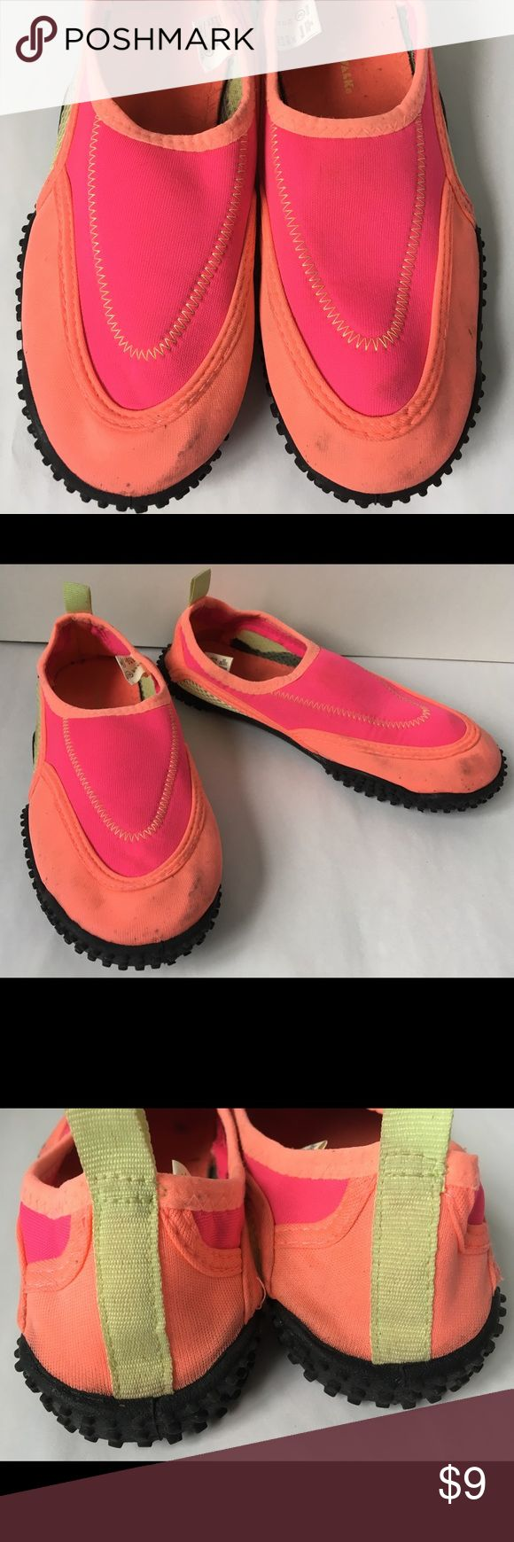 Airwalk Neon Pink Orange Girls Water Shoes These girls water shoes by Airwalk show some wear but are still very functional. Size 3.   These shoes are part of a charity sale.  They were donated by a woman who chose Neighborhood Women's Collective to benefit from its sale. Your purchase makes a difference!    Please like my store and see the entire collection of charity items.  Check back often, new items are donated weekly. Airwalk Shoes Water Shoes