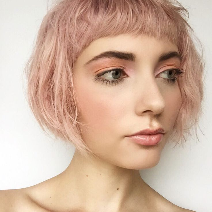 Aveda Makeup. Peaches and Pinks  Eyes: Peach Nectar & New Lilac Cheeks: Apricot Whisper Lips: Spring Rose Liner & Grapefruit Pulp