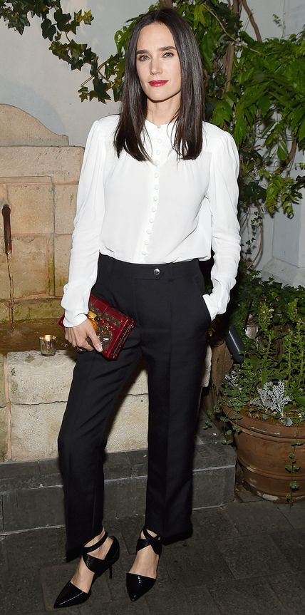 Jennifer Connelly looks great in a black and white ensemble. Get her shoe style with the Walking Cradles Caliente: http://www.thewalkingcompany.com/walking-cradles-caliente-black-micro/33280