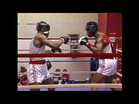 Rare amateur fight between Mike Tyson and Olian Alexander — MMA Maxim