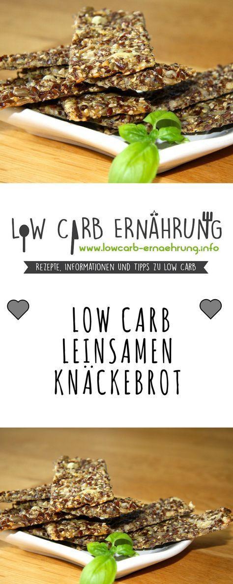Low Carb Rezept für leckeres, kohlenhydratarmes Leinsamen-Knäckebrot. Low Carb und einfach und schnell zum Nachbacken. Perfekt zum Abnehmen.