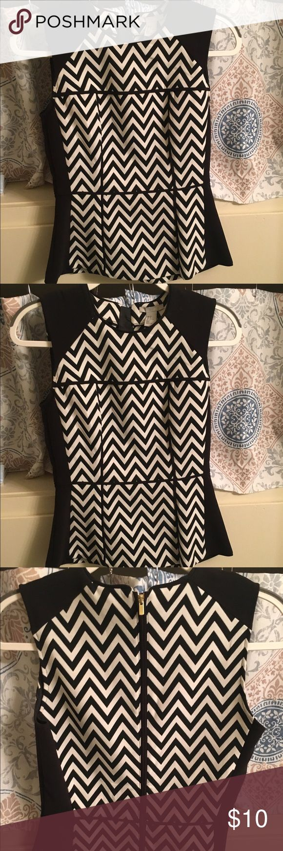 H&M black and white chevron top Black and white chevron top from H&M. In excellent condition! H&M Tops