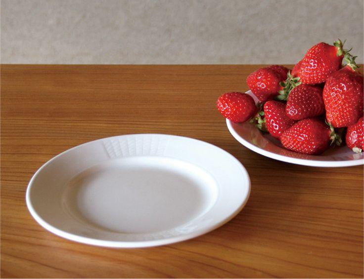 Figgio フィッギオ   Frost Border   プレート 17cm 取り皿に最適なサイズのホワイトプレート MONOGOCOTI