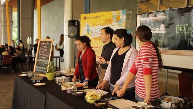 ¡Revive los momentos del Taller de Cocina en Huechuraba, donde los alumnos pudieron aprender y disfrutar de las distintas preparaciones y experiencias culinarias!