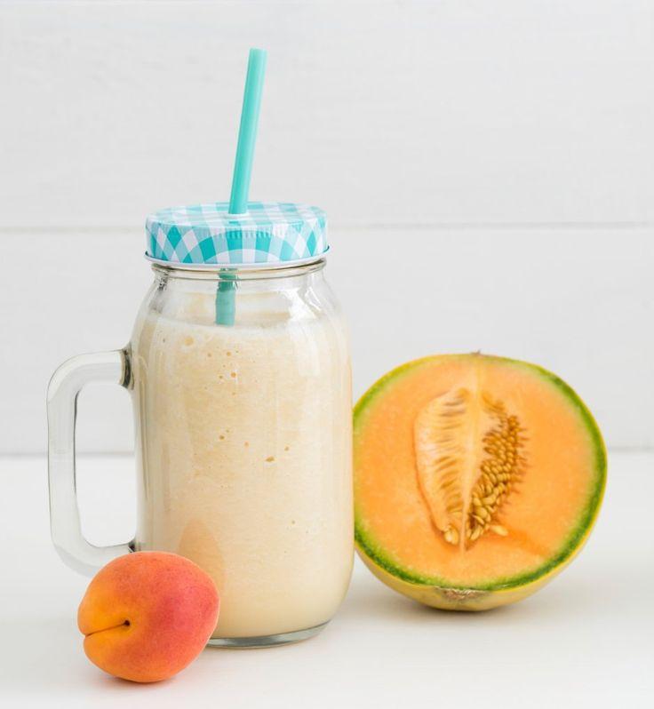Testez cette recette pour faire plaisir à Bébé avec un smoothie Melon/Papaye! Probieren Sie dieses Rezept aus und machen Sie Baby eine Freude mit einem Melonen Papaya Smoothie!