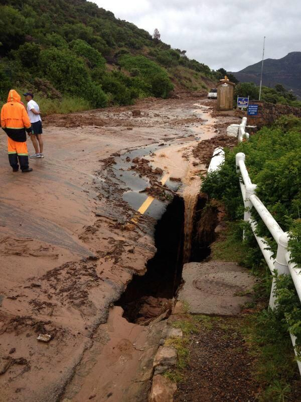 Cape November Storm | BevSchafer @Bevvvvverly LeFevre Schafer We have absolute carnage in #CapeTown this morning due to the #CapeStorm. This is Chapman's Peak Drive!